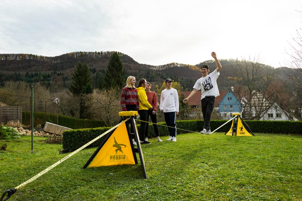 Slacklining without trees?! No Problem with the Independence Kit!